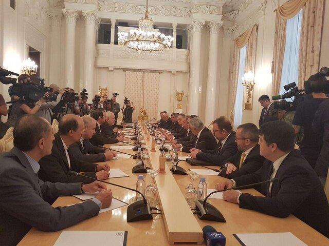 آغاز مذاکرات لاوروف و ظریف در آستانه انجام گام سوم ایران