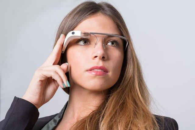 عزم فیس بوک در ساخت عینک واقعیت افزوده