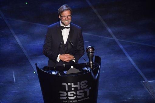 کلوپ بعد از دریافت جایزه بهترین مربی سال به پوچتینو چه گفت؟