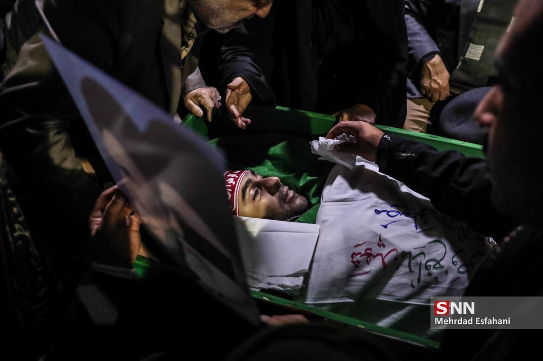 نهیب همسر شهید اغتشاشات در راهپیمایی میدان انقلاب خطاب به دولت