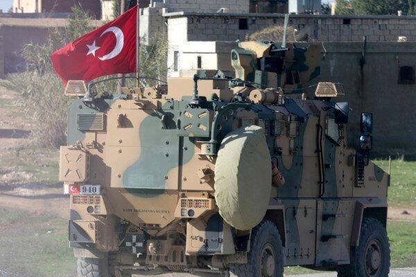 خلوصی آکار: ناتو ترکیه را در نبرد علیه تروریسم تنها گذاشت!