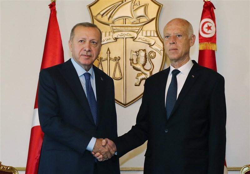اردوغان: با همتای تونسی درباره گام هایی که باید در لیبی برداریم مذاکره کردیم