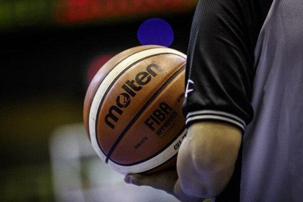 یک تیم داوری برای دو ملاقات تیم ملی بسکتبال در کاپ آسیا