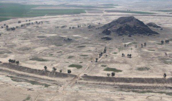 یک گروه گردشگری اروپایی از آثار تاریخی داراب بازدید کرد
