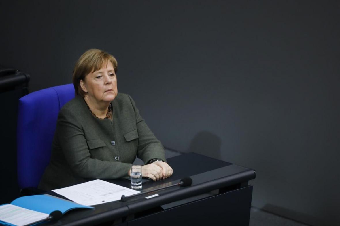 خبرنگاران مرکل: 60 تا 70 درصد آلمانی ها به کرونا مبتلا می شوند