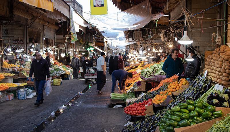 رکود بازار میوه و صیفی ، کاهش قیمت بعضی اقلام تا 2500 تومان