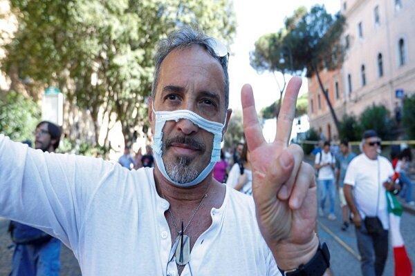 برگزاری تظاهرات بدون ماسک در ایتالیا