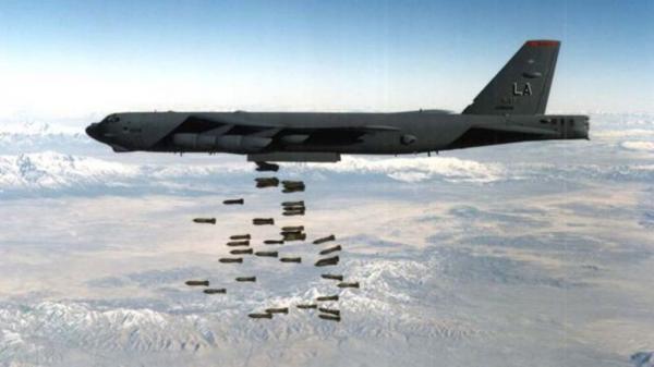 آمریکا در حال بررسی ازسرگیری حملات هوایی در افغانستان است