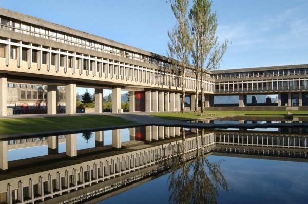 ویزای کانادا: کسب رتبه های برتر دو دانشگاه استان بی سی در کانادا