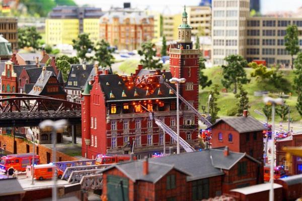 تور آلمان ارزان: مکان های توریستی و جاذبه های گردشگری هامبورگ